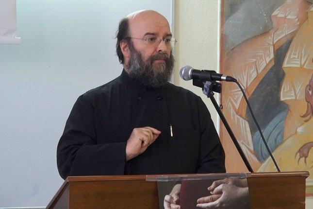 Εκδήλωση προς τιμήν των Εκπαιδευτικών – Ομιλία από τον Καθηγητή Πανεπιστημίου Πρωτ. Αθανάσιο Γκίκα