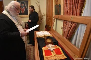 Ετοιμάζεται η λάρνακα του Αγίου Ιερομάρτυρος Βασιλείου [ΦΩΤΟ]