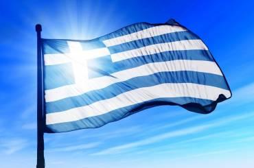 """Καστορίας Σεραφείμ : """"Από κανένα μπαλκόνι να μην λείπει η ελληνική σημαία"""""""